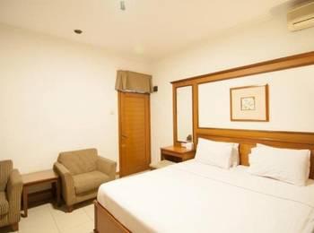 Corsica Hotel Bandung - Deluxe Double Bed Regular Plan