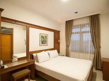Corsica Hotel Bandung - Standard Double Bed Regular Plan