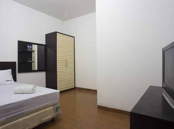 RedDoorz @Kebayoran Lama Selatan Jakarta - RedDoorz Room Special Promo Gajian