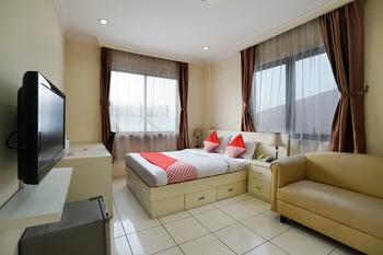 OYO 306 Koen Residence Near RS Gandaria