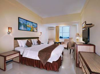 Aston Karimun Karimun - Premier Room With Breakfast Regular Plan