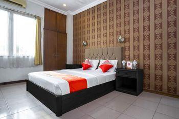 OYO 891 Hotel Gading Kencana Samarinda - Deluxe Double Room Regular Plan