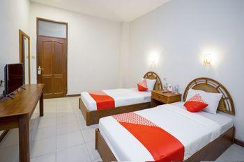OYO 891 Hotel Gading Kencana Samarinda - Standard Twin Room Regular Plan