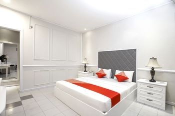 OYO 891 Hotel Gading Kencana Samarinda - Suite Double Regular Plan