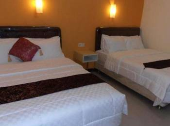Sentosa Homestay Surabaya - Triple Room Regular Plan