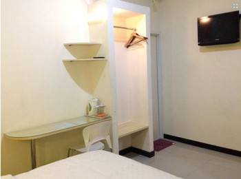 Sentosa Homestay Surabaya - Standard Room Regular Plan