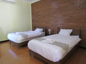 Omah Rohadi Syariah by Ndalem Beong Magelang - Standard Fan Room Only NR Minimum Stay 2 Nights