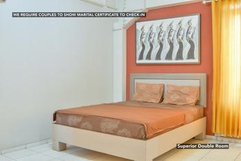 Comfortable Room Near UNINUS Bandung - Superior Queen Room  Regular Plan