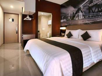 Hotel Neo Candi Simpang Lima - Semarang - Deluxe with Breakfast Regular Plan