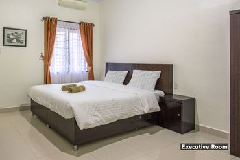 De Coco Guesthouse Medan - Executive Room Non Refundable Min. Stay 7N -  55%
