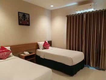 Hotel Cepu Indah 2 Blora - Deluxe Room Regular Plan
