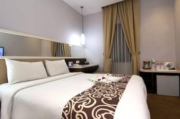 Tjokro Hotel Klaten - Deluxe King Room Only Regular Plan