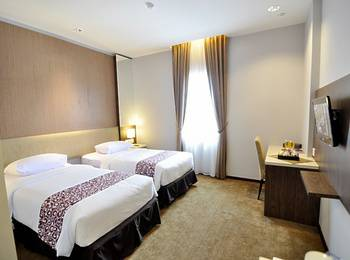 Tjokro Hotel Klaten - Deluxe Room Only Regular Plan