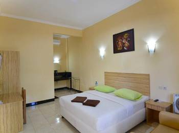Central Inn Senggigi Lombok - Standard Room Kurma Deal