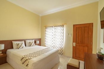 Hotel Diana Jogja Yogyakarta - Suprior Double Room Include Breakfast SAFECATION