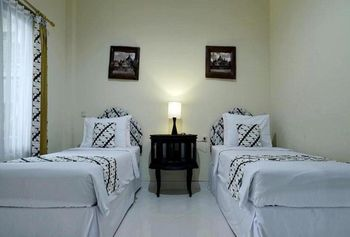 Hotel Diana Jogja Yogyakarta - Suprior Twin Room Include Breakfast SAFECATION