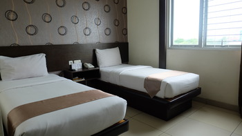 Hotel Grand Kartika Samarinda - Deluxe Room Twin Tanpa Sarapan  Regular Plan