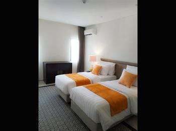 Kyriad M Hotel Sorong Sorong - Deluxe Twin - Promo PEYUK Regular Plan