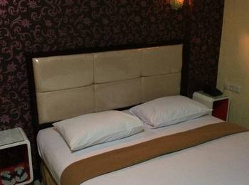 Hollywood Hotel Jakarta - Deluxe Room Only Regular Plan