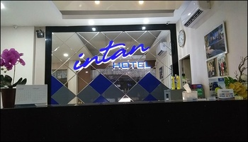 Hotel Intan Pasar Turi