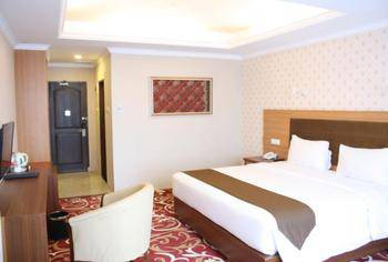 Grand Asrilia Hotel Convention & Restaurant Bandung - Grand Deluxe with Breakfast Regular Plan