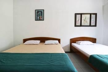 Villa Vanda Malang - Standard Room Last Minute Deal