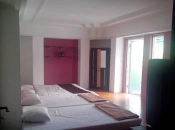 Family Guest House Malang - Family Room Regular Plan