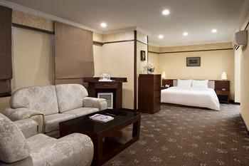 Golden Boutique Hotel Kemayoran Jakarta - Diamond Suite Jabodetabek Deals
