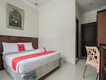 RedDoorz near Gedung Sultan Suriansyah Banjarmasin - RedDoorz Room Basic Deal Promotion