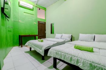 Griya Batik D'santoso Yogyakarta - Superior Double Room Only FC Stay More Pay Less
