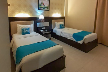 Airy Syariah Kendari Barat Edy Sabara 1A - Superior Twin Room with Breakfast Special Promo 8