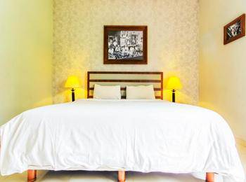 The Summit Siliwangi Hotel Bandung - Deluxe Room Only PROMO PDKT