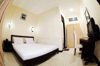 Septia Malioboro Hotel Yogyakarta - Deluxe King Room Only Regular Plan