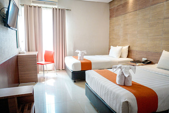 Andelir Hotel Simpang Lima Semarang Semarang - Deluxe Twin - Room Only Regular Plan