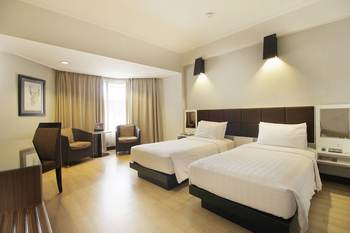 Hotel Santika Premiere Jogja - Deluxe Room King Offer  Last Minute Deal 2021