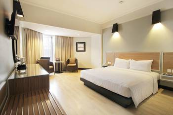 Hotel Santika Premiere Jogja - Deluxe Room King Special  Weekend Offer 2021