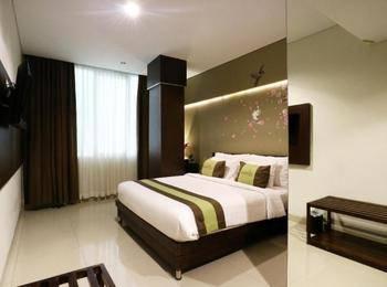Ramedo Hotel Makassar - Superior Room Only Regular Plan