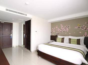 Ramedo Hotel Makassar - Deluxe + Benefit Regular Plan