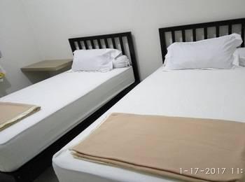 Tremigo Guest House Cirebon - Standard Twin Bed Room Regular Plan