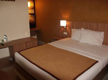 Wisma Aji Yogyakarta - Standard Room Breakfast (Double/twin Bed) Regular Plan