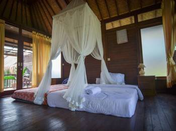 Gusti Wooden House Bali - Double Bed Room Regular Plan