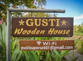 Gusti Wooden House