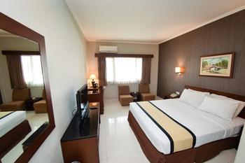 Hotel Nyland Pasteur - Deluxe Double Room Only Regular Plan