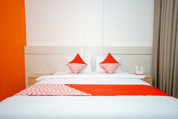 OYO 344 Kr Hotel Palembang - Standard Double Pegi Pegi special promotion