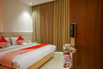 OYO 344 Kr Hotel Palembang - Suite Double Pegi Pegi special promotion
