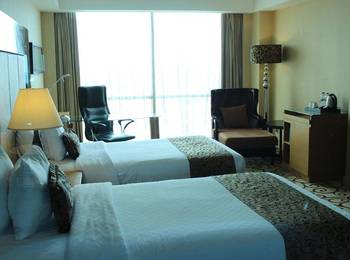 Wyndham Surabaya Surabaya - Deluxe Twin Room Includes Breakfast Regular Plan