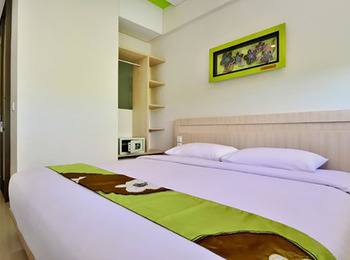 J Hotel Kuta - Cozy Double With Breakfast Diskon 20%!
