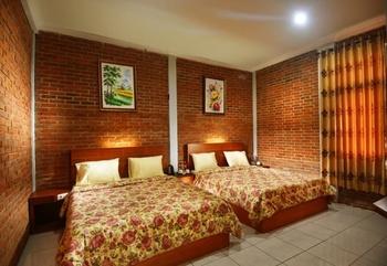 Puri Saras Garden Hotel by Papatong Bandung - Superior Room Only Regular Plan