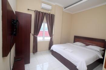 Nabasa Hotel Balige Danau Toba - Standard Room King Regular Plan