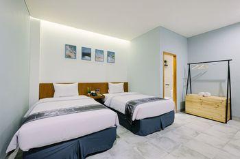 Lopi Hotel Makassar - Superior Twin Room Regular Plan